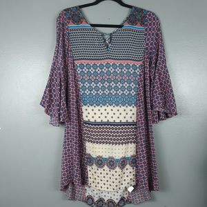 Umgee patterned tunic top with bell sleeve small